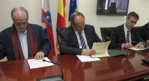 Gobierno Cantabria firma convenio gestores residuos aparatos eléctricos y electrónicos que reportará MARE 150.000 euros anuales