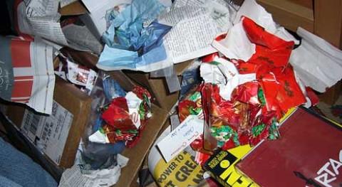 españoles generan 30 ciento mas residuos envase y embalaje Navidad y Reyes