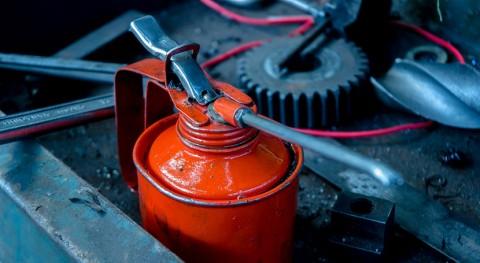 ¿Cómo reciclar aceite motor y aprovechar potencial energético?