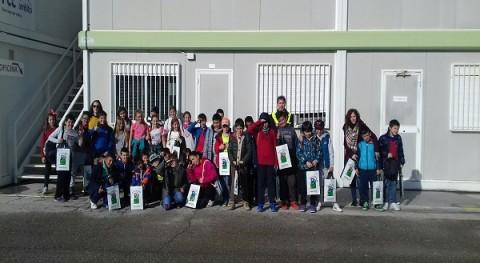Alumnos aragoneses visitan instalaciones reciclaje vidrio FCC Ámbito