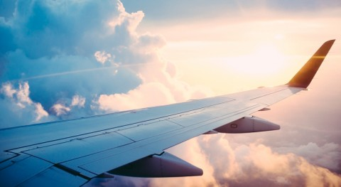 Repsol produce primera vez España biocombustible aviación partir residuos