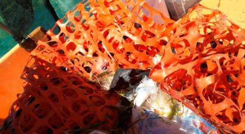 barcas limpieza litoral balear recogen 15,7 toneladas residuos julio