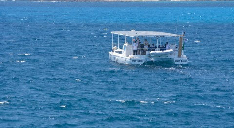 barco solar WWF arranca travesía Alicante luchar plásticos mar