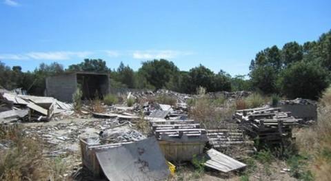 Retirados residuos abandonados empresa palets Sant Martí Sarroca