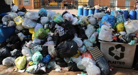 """Luis Gilberto Murillo: """"Bogotá debe ser más ambiciosa reciclaje y separación fuente"""""""