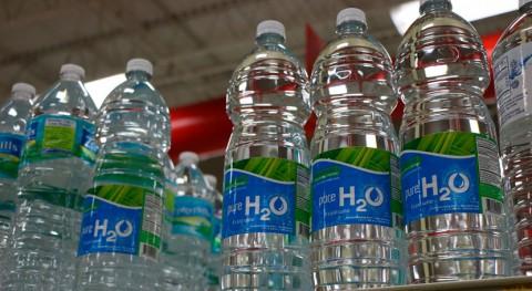 Supersano suprime venta agua botellas plástico