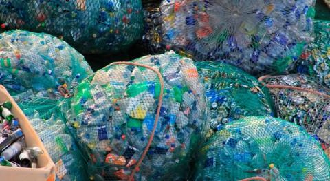 ¿Cómo convertir residuos alternativa al plástico?