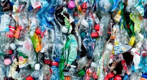 Nace nueva plataforma que luchará contaminación plásticos