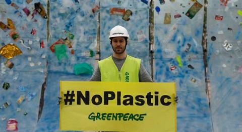 Se intensifica lucha contaminación plásticos océanos