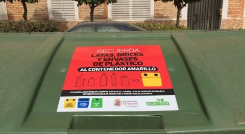 vinilos informativos contenedores Cartagena facilitan reciclado ciudadanos