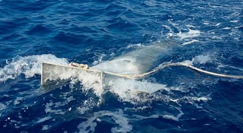 Detectadas grandes cantidades microplásticos área protegida canal Menorca