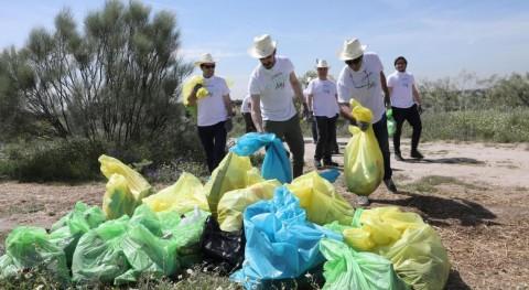 Más 500 empleados L'Oréal España recogen 2,5 toneladas basura Comunidad Madrid