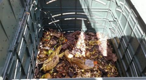 Sogama dota Burela nueva partida 40 compostadores domésticos