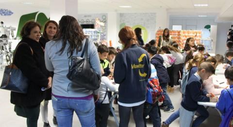 Sevilla estrena 380 nuevos contenedores reciclaje aumentar recogida selectiva