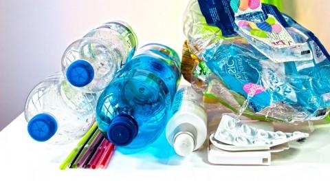 informe, mayoría españoles reconoce que podría reciclar más plásticos