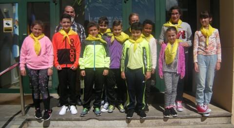 """colegio Lousada, Guntín, contribuye al reciclaje """"Patrulla 3R"""""""