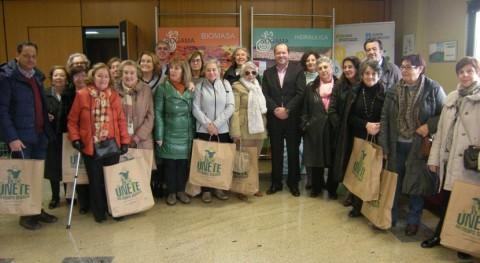 Vecinos Coruña se interesan labor ambiental y social Sogama