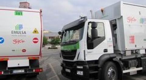 EMULSA incorpora dos primeros camiones residuos motores gas natural