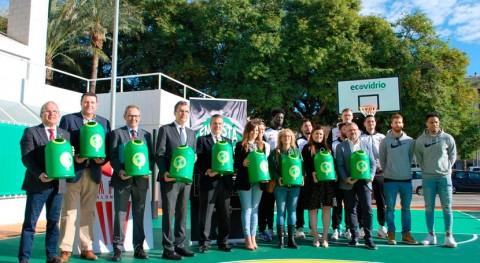 Ecovidrio lleva Región Murcia primera pista baloncesto reformada vidrio reciclado