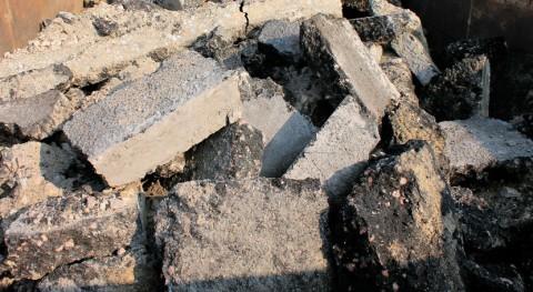 Nuevo vertido escombros, neumáticos, fibrocemento y residuos urbanos Cerro Prado