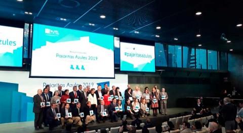 40 ayuntamientos españoles reciben Pajaritas Azules reciclaje papel y cartón