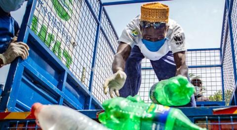 uso exagerado plástico durante pandemia COVID-19 afecta más vulnerables