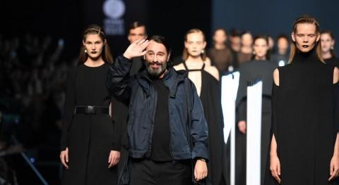 reciclaje se sube pasarela moda Madrid mano Juanjo Oliva