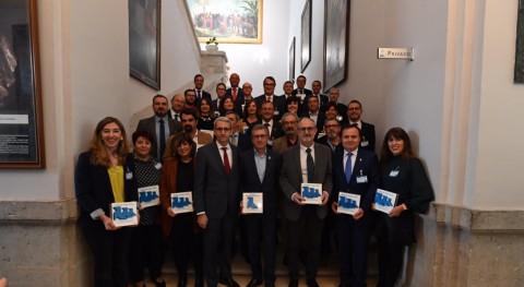 35 ayuntamientos, reconocidos gestión recogida selectiva papel y cartón