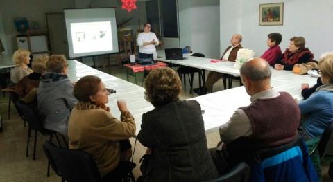 Oportunidades Galicia: Asociación Muxía Turismo Rural recibe nociones reciclaje
