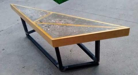 Concreto y PET, materias primas fabricar mobiliario urbano ecológico