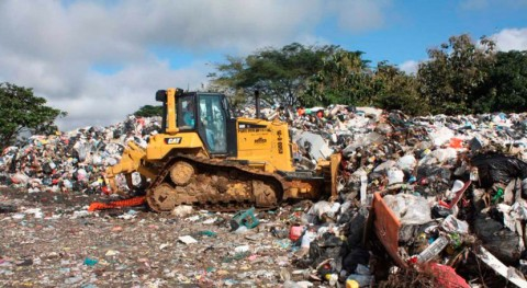 Ministerio Obras Públicas apoya maquinaria trabajos vertedero Boquete