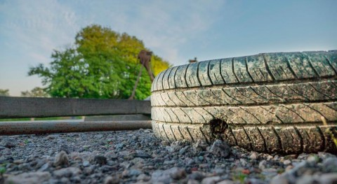 ADINE y Junta Extremadura perseguirán fraude reciclaje neumáticos