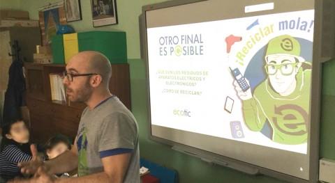 Cerca 30.000 escolares descubren reciclaje electrónico 'Otro Final es Posible'