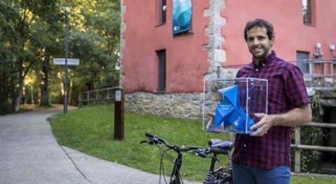 Pajarita Azul Aspapel visita Comarca Pamplona
