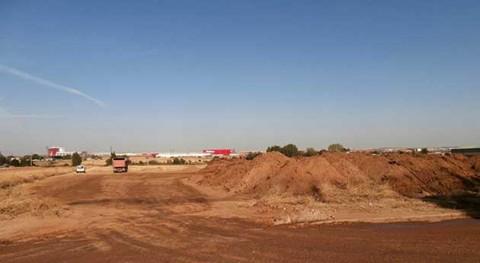 tierra contaminada incendio Chiloeches invade 9 hectáreas parcelas agrícolas