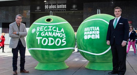 Ecovidrio y Mutua Madrid Open llenan Madrid pelotas tenis gigantes