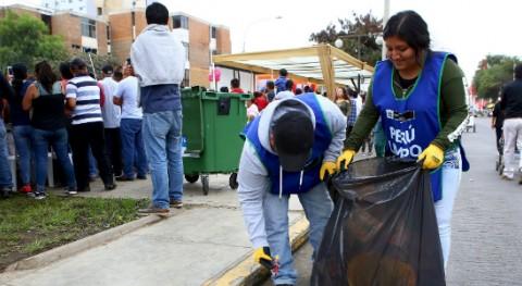 """""""Perú Limpio"""" recoge más 10 toneladas residuos Corso Primaveral Trujillo"""