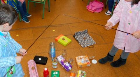 """niños Burela """"pescan envases"""" Día Mundial Naturaleza"""