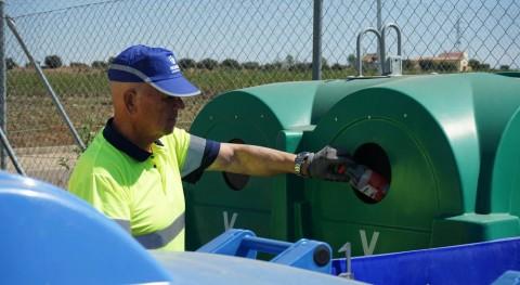 Promedio programa formación especializada mejorar gestión residuos puntos limpios