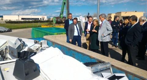 Gobierno Madrid invierte 1 millón euros mejora puntos limpios región