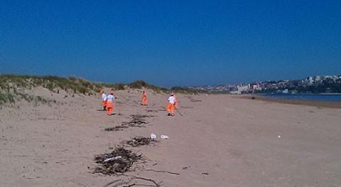 Recogidas 1.145 toneladas residuos 26 playas Cantabria durante primavera y verano
