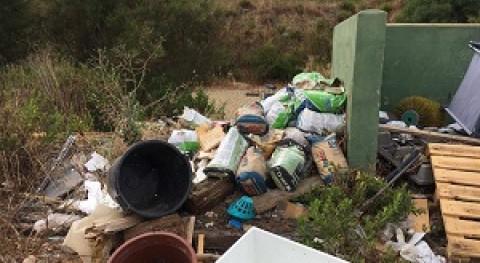 Ecologistas piden nueva ubicación punto limpio San Roque Club