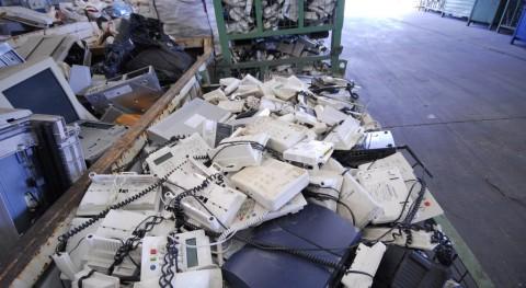 Recyclia ya aglutina 12% aparatos electrónicos puestos mercado 2015