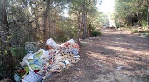 Calafell retirará montañas 200 toneladas residuos