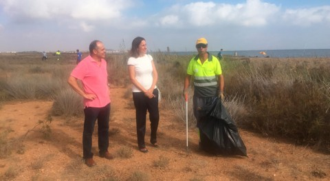 Retiradas 10 toneladas residuos Mar Menor durante primera quincena agosto