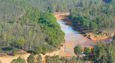 rotura tapón mina Zarza provoca vertido aguas contaminadas al río Odiel