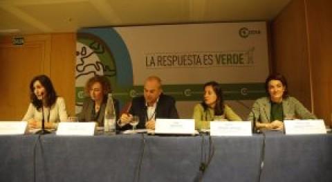 sector agrario y Administración buscan solución residuos agrarios