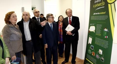 """María Luisa Soriano: """" reciclaje evidencia compatibilidad desarrollo económico y cuidado al medio ambiente"""""""
