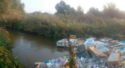 basura tapona río Guadarrama