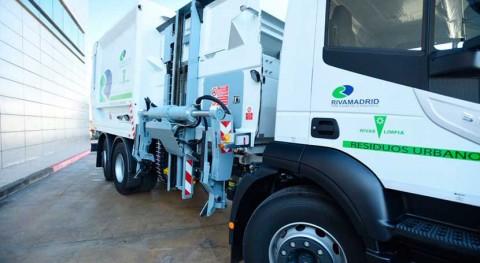 Rivas adquiere nuevos vehículos recogida residuos y limpieza viaria